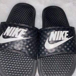 Nike Shoes - NIKE SLIDES